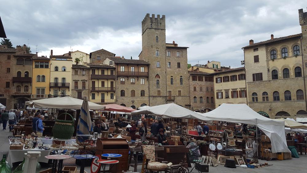 Arezzo-mkt-002-copy